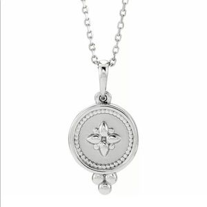 Jewelry - Sterling Silver Disc Necklace